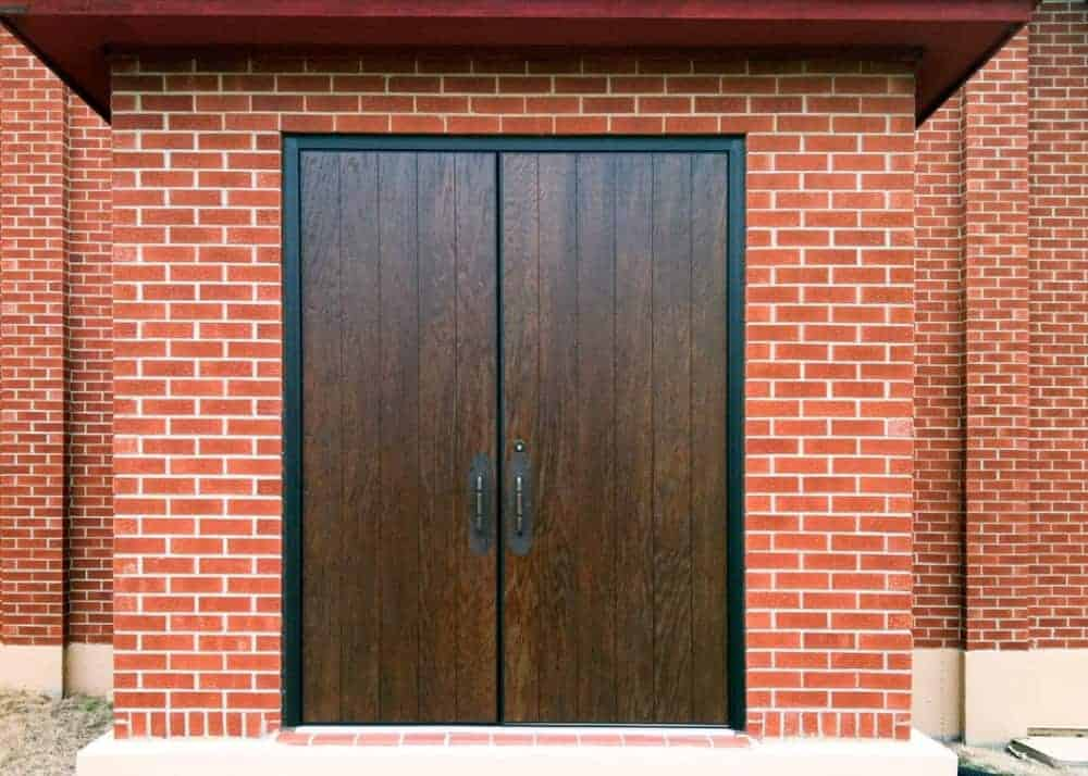 plank-woodgrain-door