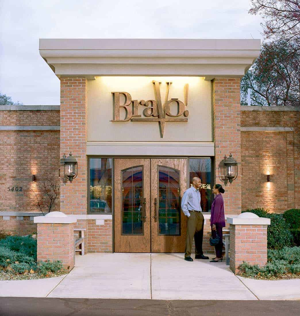 Restaurant Doors Make a Great First Impression at Bravo!